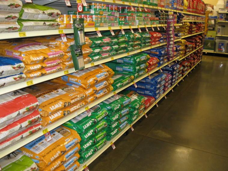 Pet-food-aisle-2