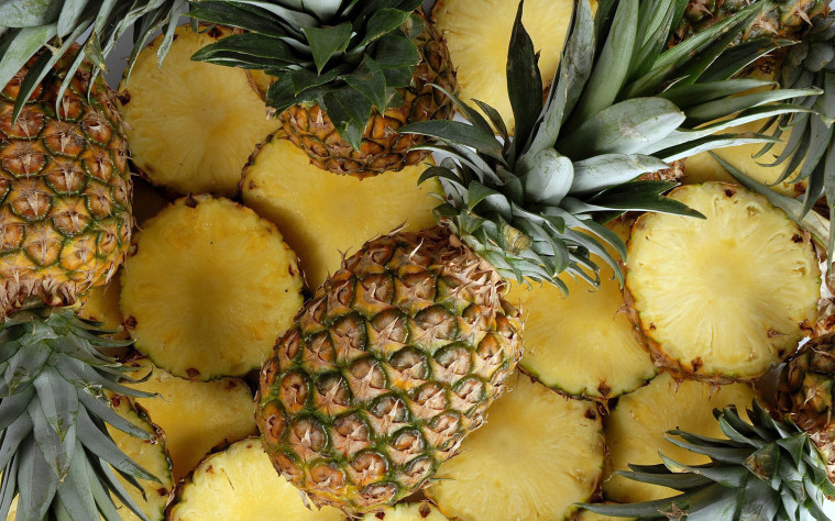 Everything-You-need-to-know-about-pineapple-by-green-blender