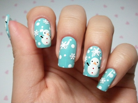 19 Festive DYI Nail Designs For the Holidays - DavidWolfe.com