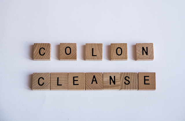 colon-clease