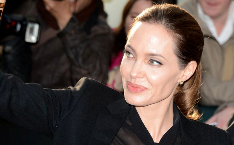 Angelina_Jolie_Cannes_2013
