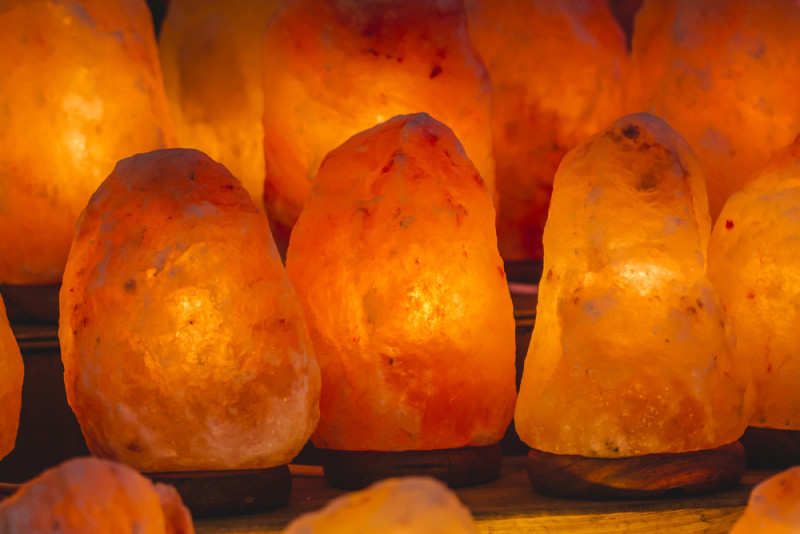 How Salt Lamps Improve Mental Clarity And Sleep Cycles : How Salt Lamps Improve Mental Clarity, Air Quality And Sleep Cycles - David Avocado Wolfe