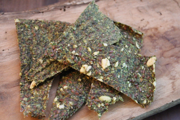 Raw Juice Pulp Crackers
