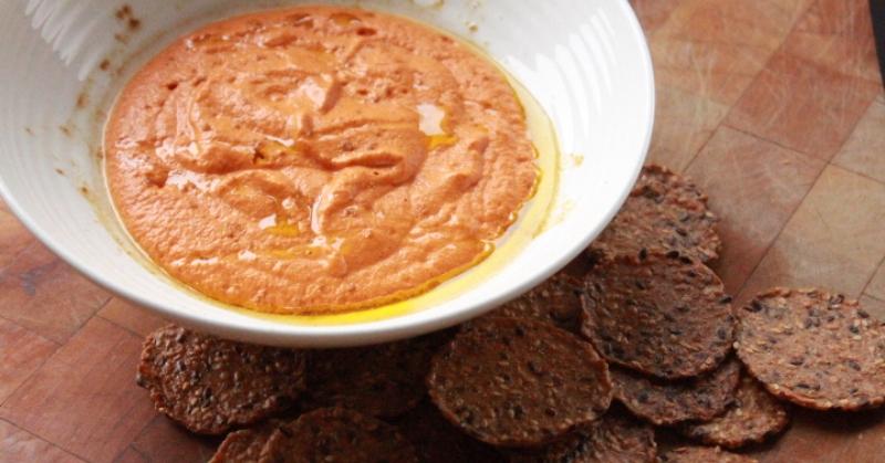 Roasted-Red-Pepper-Dip FI