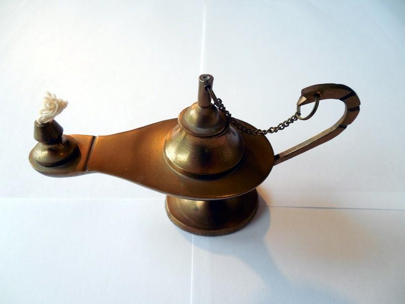 oil-lamp-510755_1280