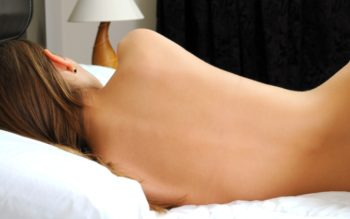 Sleeping Naked Improves Your Health in These 7 Ways