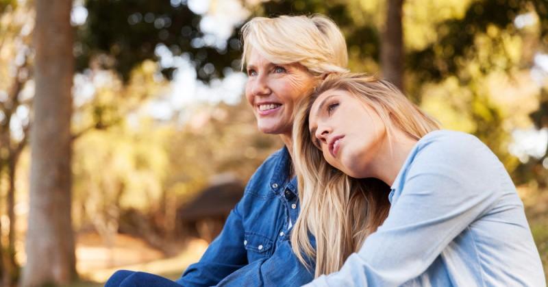 Mujeres mayores de 40 años pueden hacer frente a los cambios como: