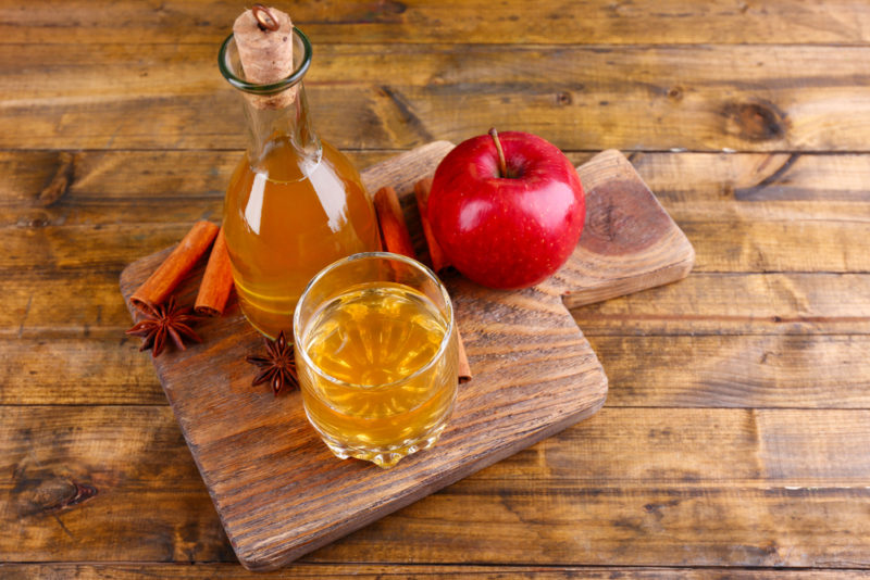 earache apple cider vinegar