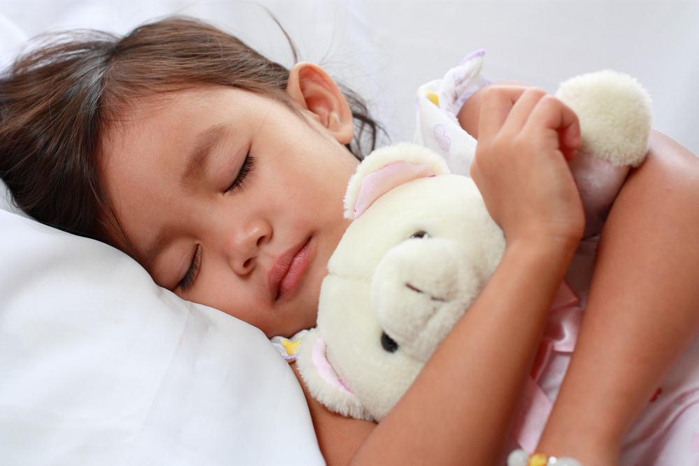 3 Reasons Why Kids Should Go To Sleep Before 9 PM