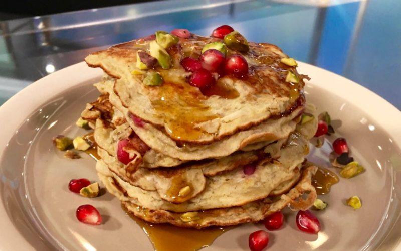 pomegranate-and-pistachio-pancakes-2–1024×731