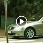 driver harassing woman FI