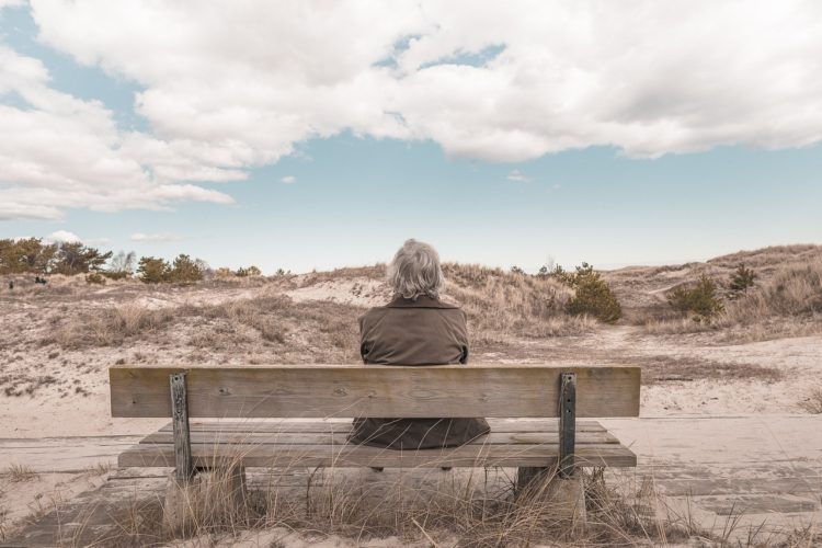 symptoms of abandonment in adults