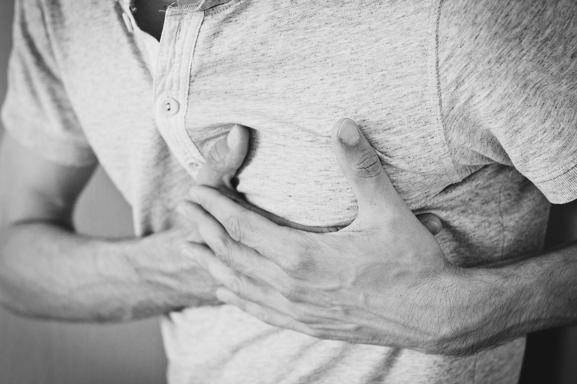 chest pain acid reflux