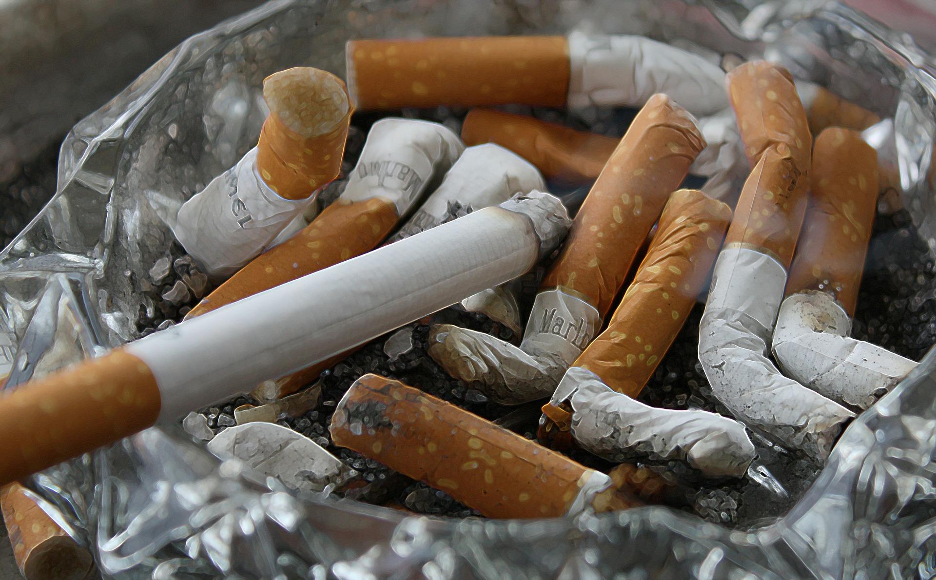 smoking acid reflux