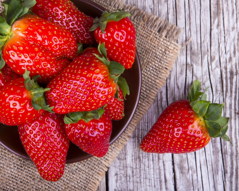 hpv diet strawberries